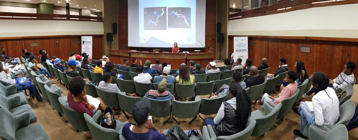 Candice Modiselle sharing her journey inspiring entrepreneurs at University of Free state.